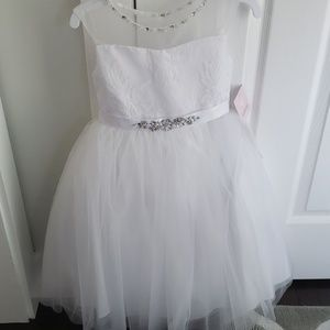 Flower girl dress, white lace and tulle, sz 4